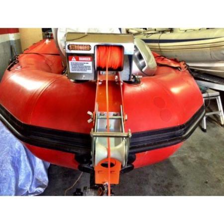 Крепление лебедки Stronger MIB к надувной лодке